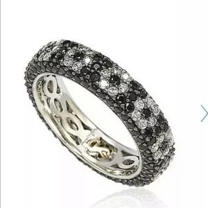 Suzy Levian Sterling CZ Blk&wht Flower Band Ring